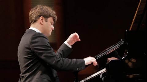 preghiera Scoperta biancheria intima  Settimana con il pianista russo Georgy Tchaidze
